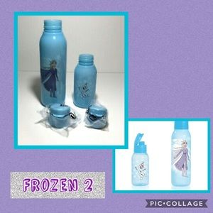 •New Frozen ll ~ 2 Piece Water Bottle Set•